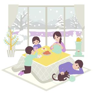 家族で団らんのイラスト素材 [FYI04918065]