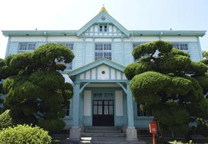日本最古の海員養成学校だった国立粟島海員学校跡を利用した粟島海洋記念館の写真素材 [FYI04919586]