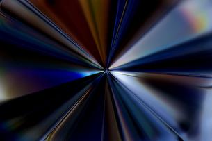 輝く放射光と放射線のアブストラクトのグラフィックス のイラスト素材 [FYI04920276]