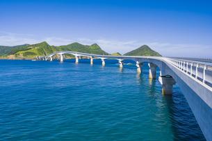 甑島 甑大橋の写真素材 [FYI04920916]