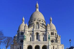 サクレ・クール寺院(パリ モンマルトルの丘)の写真素材 [FYI04922317]