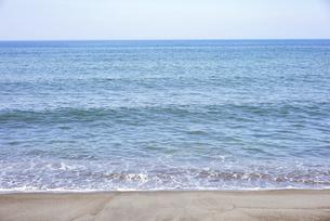 晴れた日の青い海の写真素材 [FYI04924750]