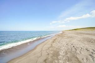 晴れた日の青い海の写真素材 [FYI04924752]