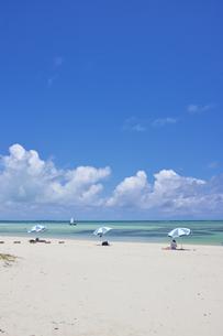 竹富島のコンドイ浜の写真素材 [FYI04925632]
