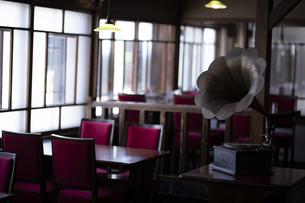 レトロ喫茶 - 蓄音機の写真素材 [FYI04926209]
