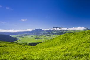 阿蘇 大観峰からの眺望の写真素材 [FYI04926361]
