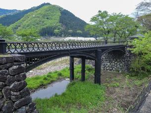 羽渕鋳鉄橋 「播但貫く、銀の馬車道 鉱石の道」として日本遺産に認定された鋳鉄橋の写真素材 [FYI04927016]