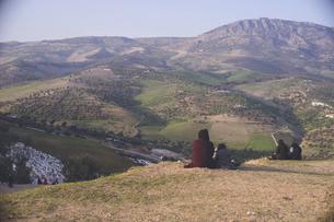 モロッコの世界遺産迷宮都市フェズ旧市街小高い丘Marinid Tombsからの絶景の写真素材 [FYI04929552]