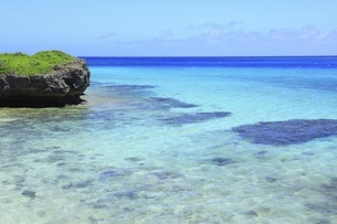 沖縄・池間島 フナクスビーチと海の写真素材 [FYI04929597]