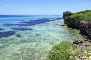 沖縄・池間島 フナクスビーチと海の写真素材 [FYI04929601]
