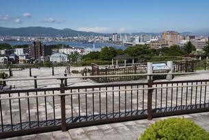 元町公園からの函館市街の写真素材 [FYI04936155]