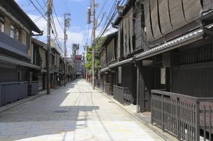 祇園新橋の家並の写真素材 [FYI04937649]