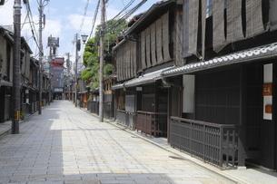 祇園新橋の家並の写真素材 [FYI04937650]