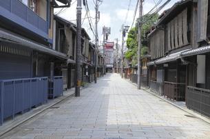 祇園新橋の家並の写真素材 [FYI04937651]