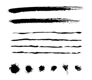 筆による和風の素材セットのイラスト素材 [FYI04938878]