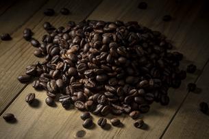 コーヒー豆の集合の写真素材 [FYI04939787]