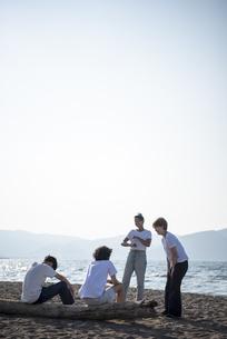 Z世代と海洋環境の写真素材 [FYI04939880]