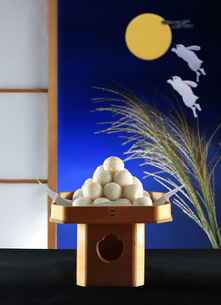 月見団子の写真素材 [FYI04941166]