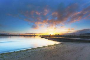 野島公園の朝日の写真素材 [FYI04943761]