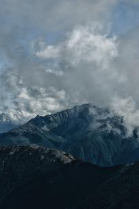 南アルプス3000メートル付近ラストフロンティアの写真素材 [FYI04946454]