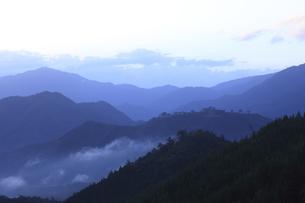 竹田城の夜明けの写真素材 [FYI04952568]
