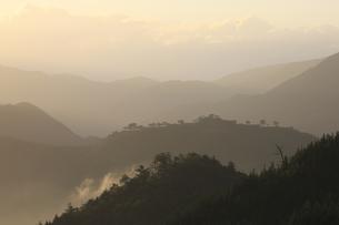 竹田城の夜明けの写真素材 [FYI04952570]