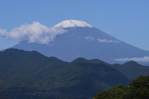 富士山初冠雪 2921年9月26日の写真素材 [FYI04954187]
