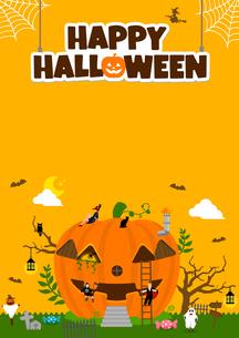 ハロウィン・ハロウィーン 南瓜の家と仮装した子供たち 縦長ポスターサイズ イラストのイラスト素材 [FYI04954364]