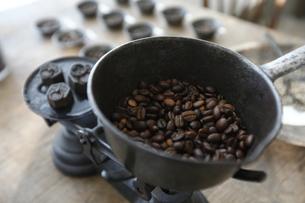 コーヒー豆の写真素材 [FYI04956848]