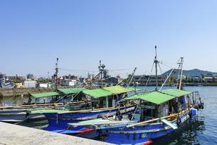 西浜漁港(香川県高松市)の写真素材 [FYI04956884]