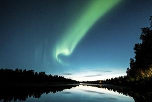 フィンランドの秋のオーロラの写真素材 [FYI04957106]