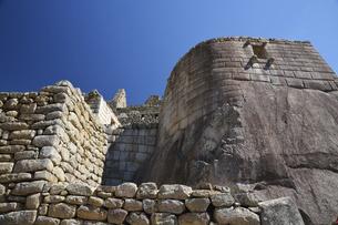 マチュピチュ遺跡 太陽の神殿の写真素材 [FYI04957914]