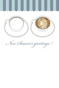 寅年 フォトフレーム 年賀状テンプレート 白いコーヒーカップにお洒落な寅のラテアート イラストのイラスト素材 [FYI04959175]