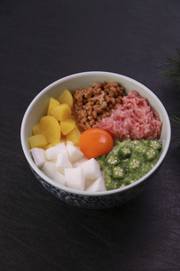 バクダン丼の写真素材 [FYI04959200]