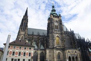 プラハ城 聖ヴィート大聖堂の写真素材 [FYI04959972]